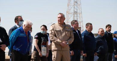 Dmitrij Rogozin o novom programe letov na Mesiac